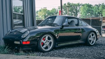 Porsche 993 C4S dropped off for full restoration build