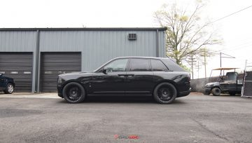 Rolls Royce Cullinan blackout build